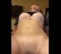 Asian Girl Enjoyed Sex on Top